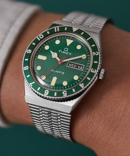 Montre Q Timex Reissue 38mm Bracelet en acier inoxydable, Stainless-Steel/Green, large