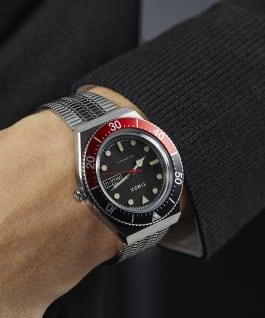 Montre M79Automatic 40mm Bracelet en acier inoxydable Acier inoxydable/Noir/Rouge large