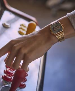 Reloj Timex T80 de 34mm con correa de acero inoxidable Gold-Tone/Gray large