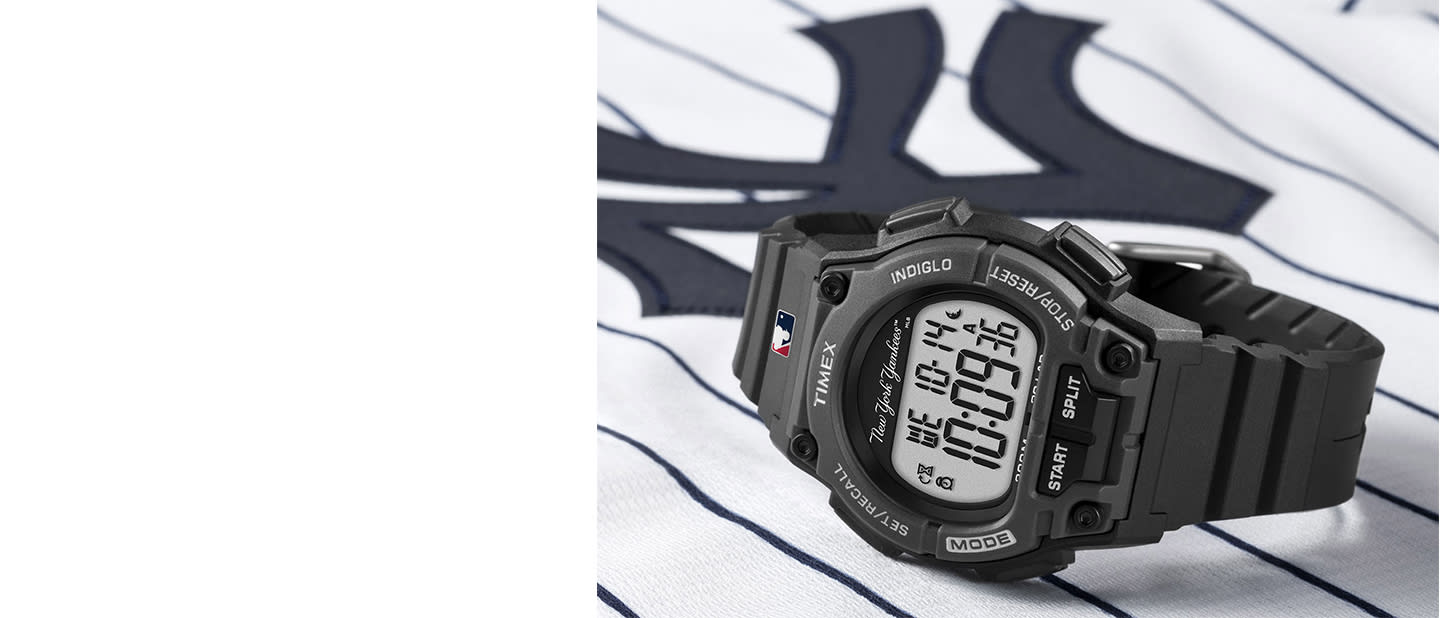 Yankee MLB watch with black straps and logo in the center