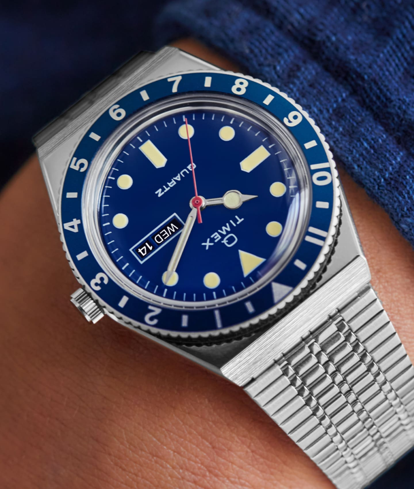 Q Colors Blue Watch.