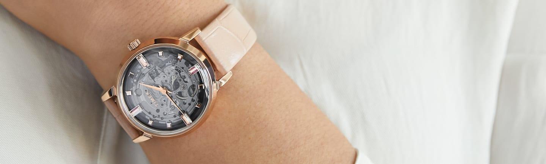 Womens Unveil Watch.