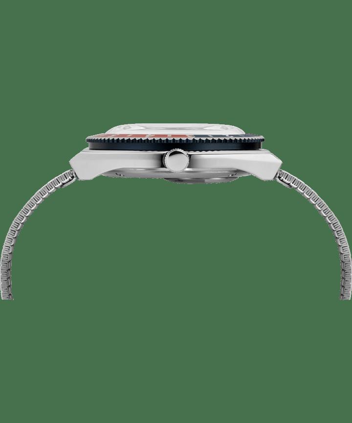 Reedición del reloj Q Timex de 38mm con correa metálica de acero inoxidable Acero inoxidable/Azul large